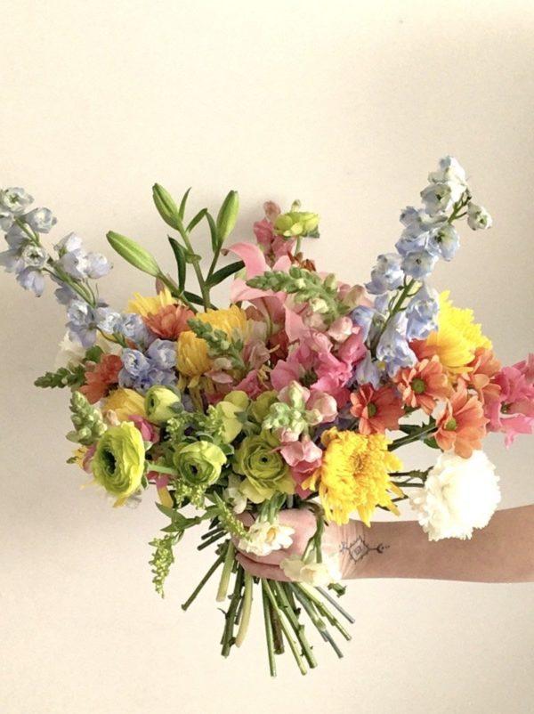 Ramo de flores DORA FLoristería Semilla Salvaje
